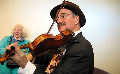 Paul Anastasio, swing fiddler, Seattle, WA, photo